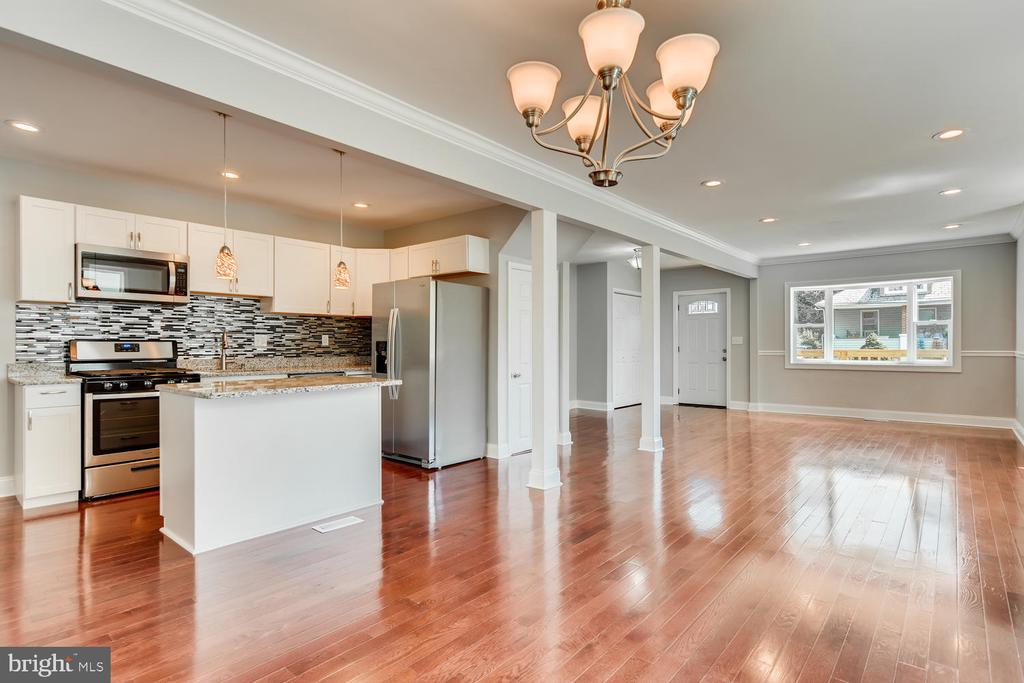 Substantial Price Reduction Gorgeous Home with 4bdr and 2 full baths. Stunning Hard wood, with granite counter tops, SS appliances, Recess Lighting , On the rear of the home is a spacious deck with a huge yard for entertaining. AVAILABLE SOON !!!!