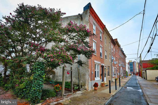 1627 Olive Street Philadelphia, PA 19130