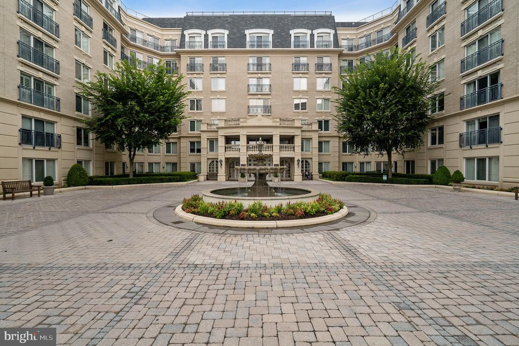 5  PARK PLACE  229, Annapolis in ANNE ARUNDEL County, MD 21401 Home for Sale