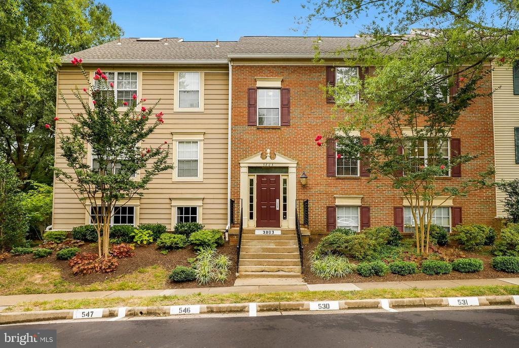 3803  GREEN RIDGE COURT  293 22033 - One of Fairfax Homes for Sale