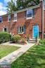 3023 Mosby St