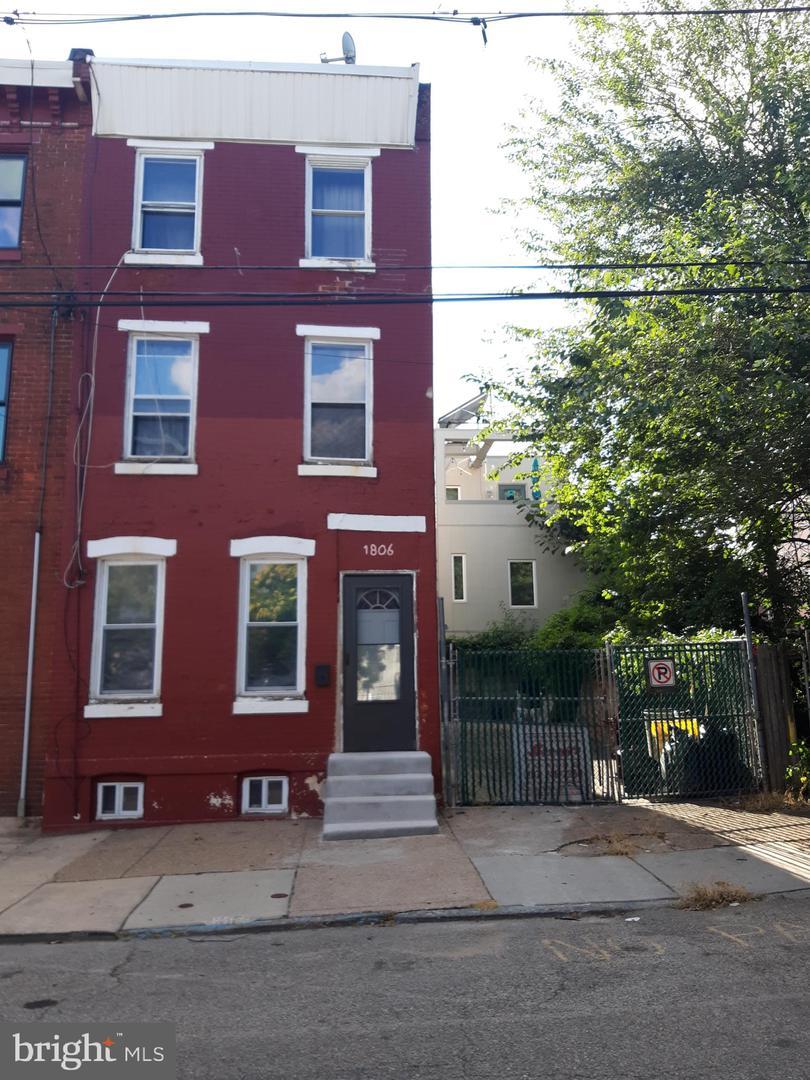 1806 N Marshall Street Philadelphia, PA 19122