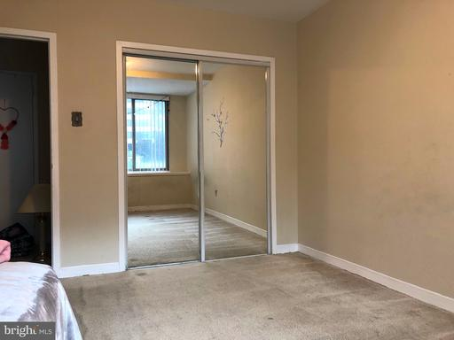 Photo of 1121 Arlington Blvd #340