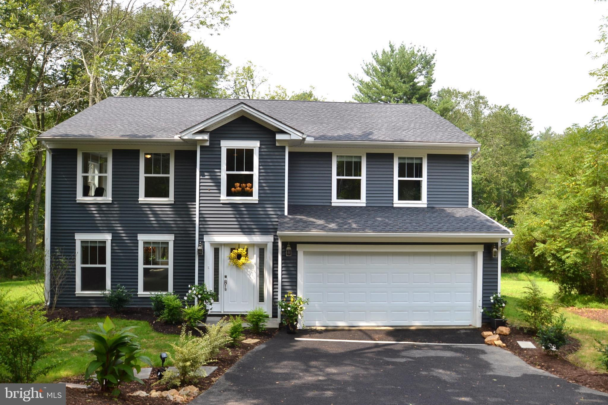 450 S BALTIMORE AVENUE S, MOUNT HOLLY SPRINGS, PA 17065