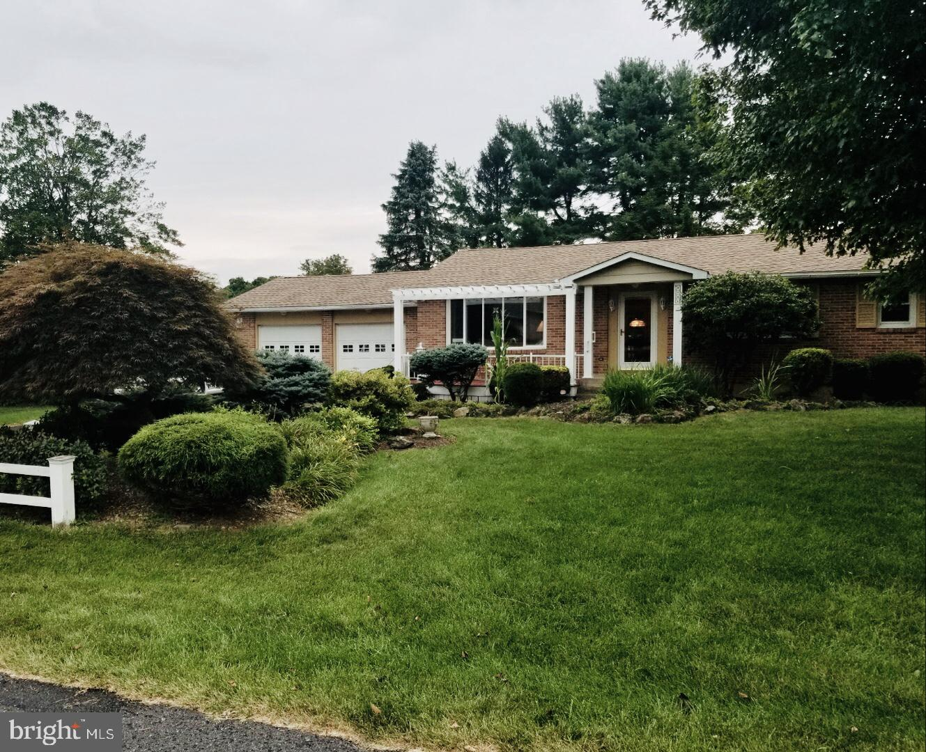3741 CLOVER DRIVE, CENTER VALLEY, PA 18034
