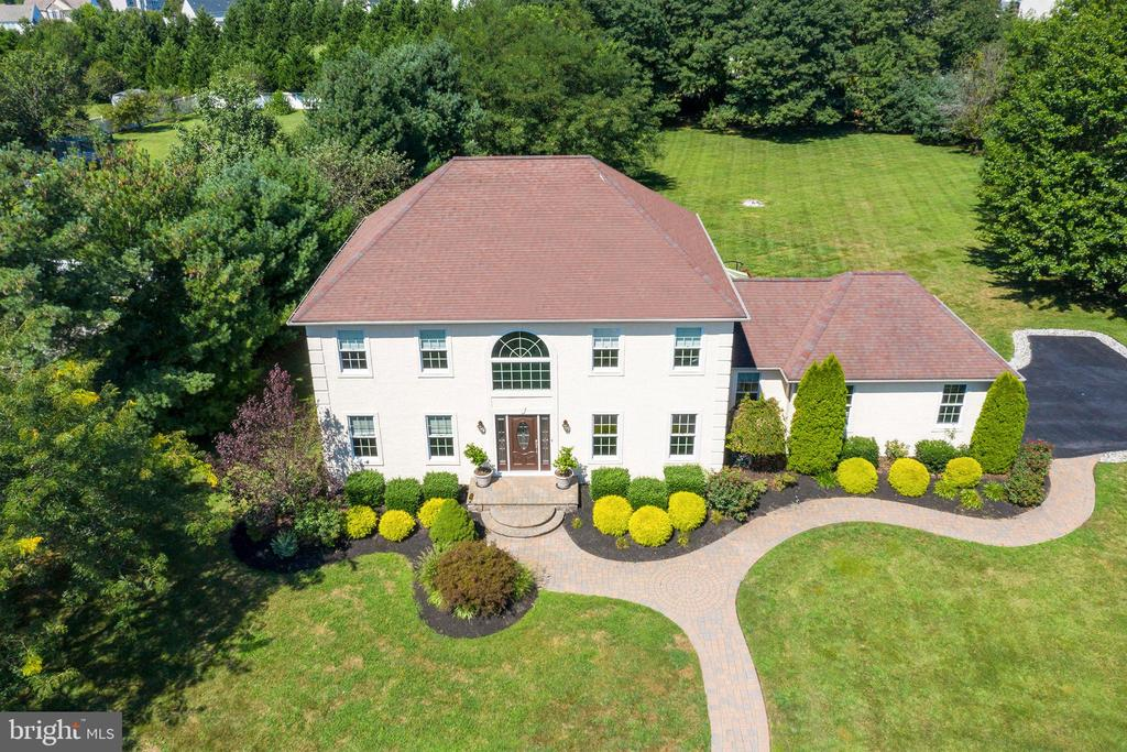 Luxury Properties for Sale Gloucester - Nancy Kowalik Real