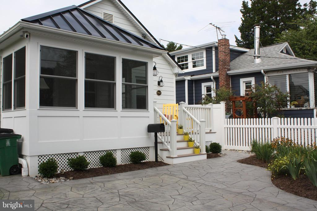 404  WASHINGTON STREET, Annapolis in ANNE ARUNDEL County, MD 21403 Home for Sale