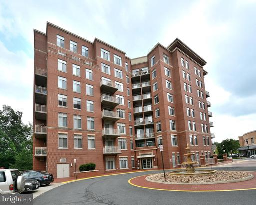Photo of 4480 Market Commons Dr #416