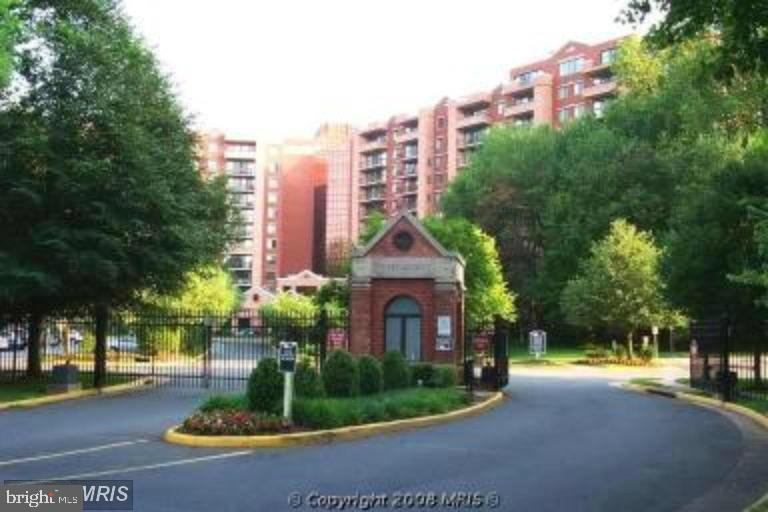 2230 George C Marshall Dr #208, Falls Church, VA 22043