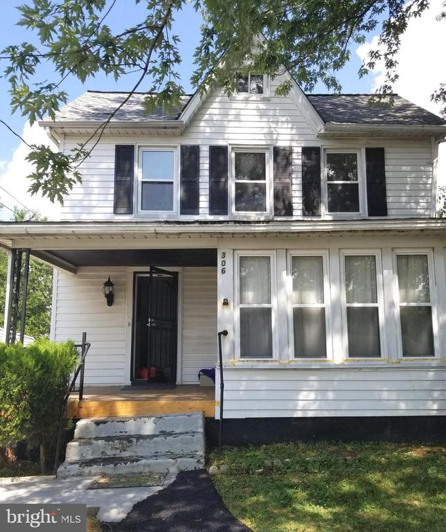 Fantastic single home with 3 bedrooms and 2 full bathrooms fully renovated in 2019, located in Catonsville with fresh paint, hardwood floors through out plus granite countertops, new appliances including HVAC system, oven, washer, dryer, refrigerator, etc. Furniture in the house will be left for tenant use (if interested). Pristine move in condition. requires lease application, $50 application fee pre adult . All applicants over age 18 must submit to background check. Contact listing agent for all showing & appointments.
