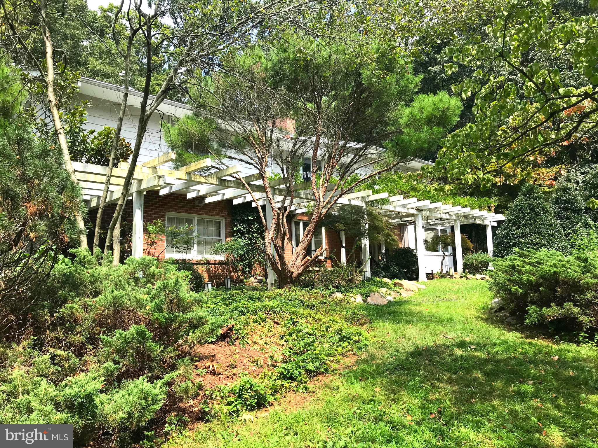 4640 OLEY TURNPIKE ROAD, READING, PA 19606