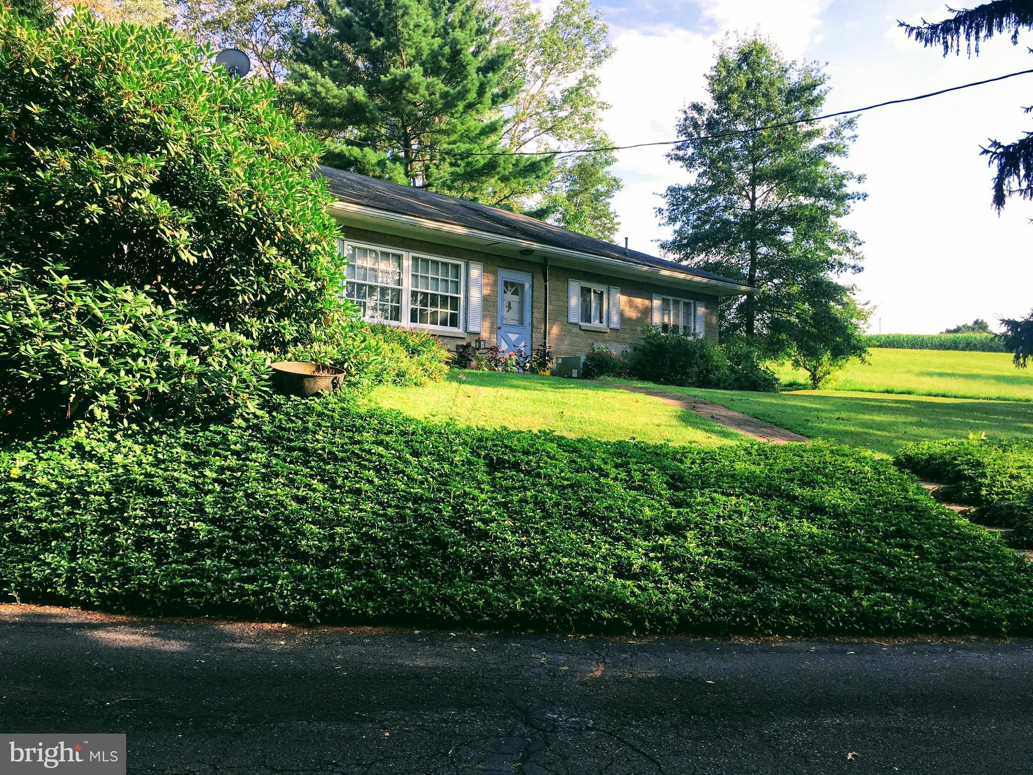 328 CHURCH HILL ROAD, KINTNERSVILLE, PA 18930