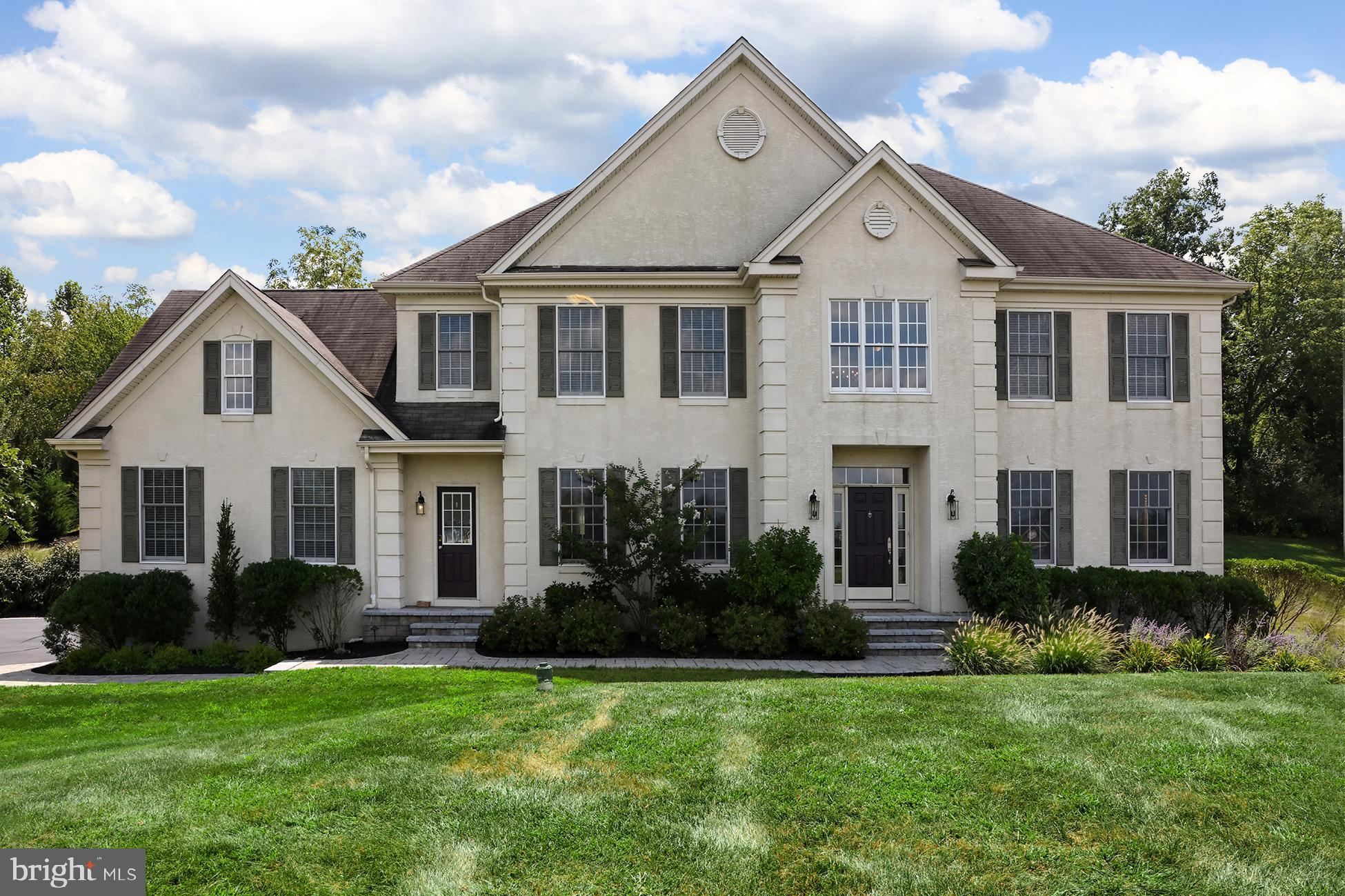 25 ROSE RUN, LAMBERTVILLE, NJ 08530