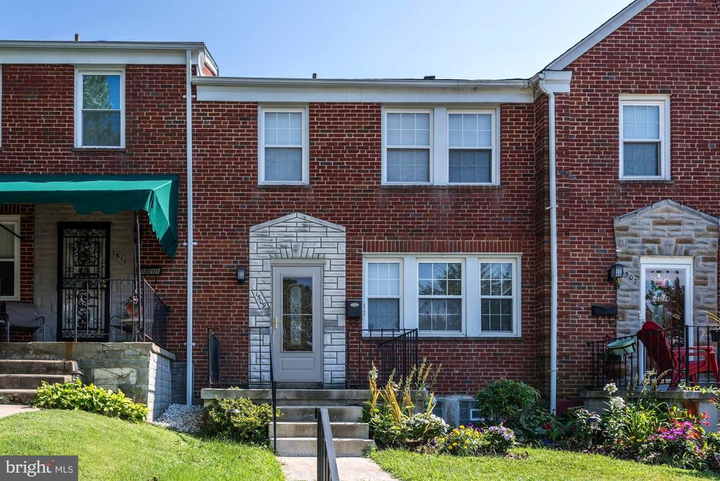 Beautiful 3 bedroom/2 full bath Townhome in the Ednor Gardens-Lakeside Community! Features include finished basement, gleaming hardwood floors, crown molding, updated kitchen and baths and so much more. Over 1900 sq.ft. of finished living space! Come See Today! This property won't last long!