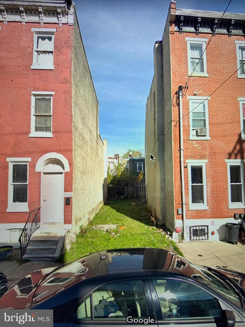 1913 W Berks Street Philadelphia, PA 19121