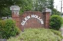 7266 Glen Hollow Ct #2