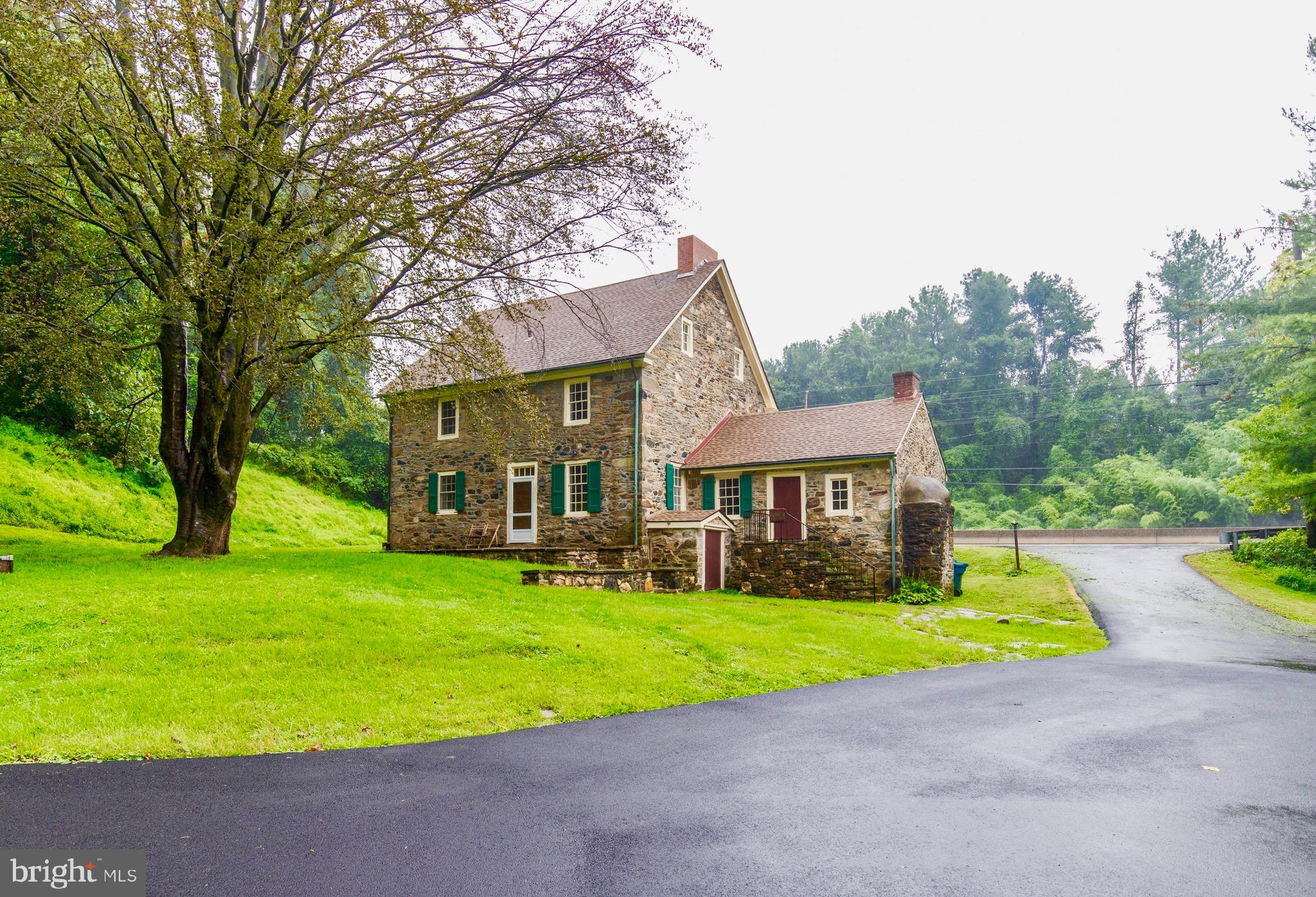 1011 BALTIMORE PIKE, CHADDS FORD, PA 19317
