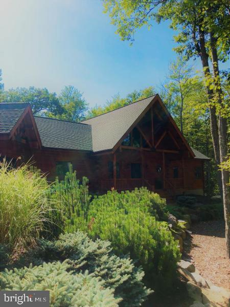 360 WOLF HOLLOW ROAD, LAKE HARMONY, PA 18624