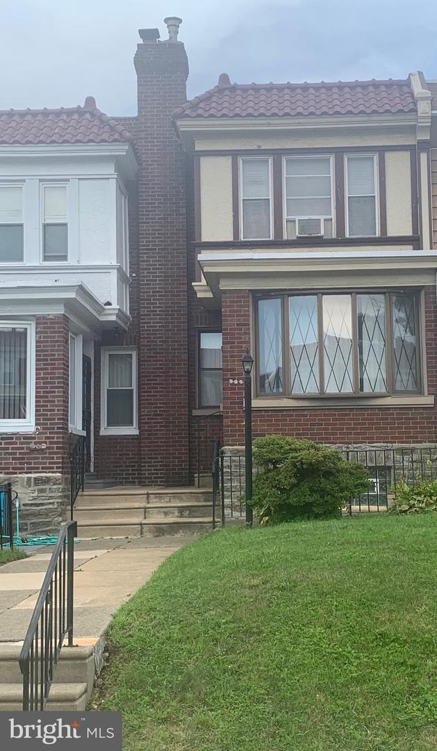 7427 E Walnut Lane Philadelphia, PA 19138