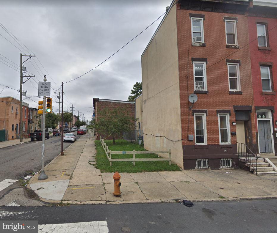 735 W Cumberland Street Philadelphia, PA 19133