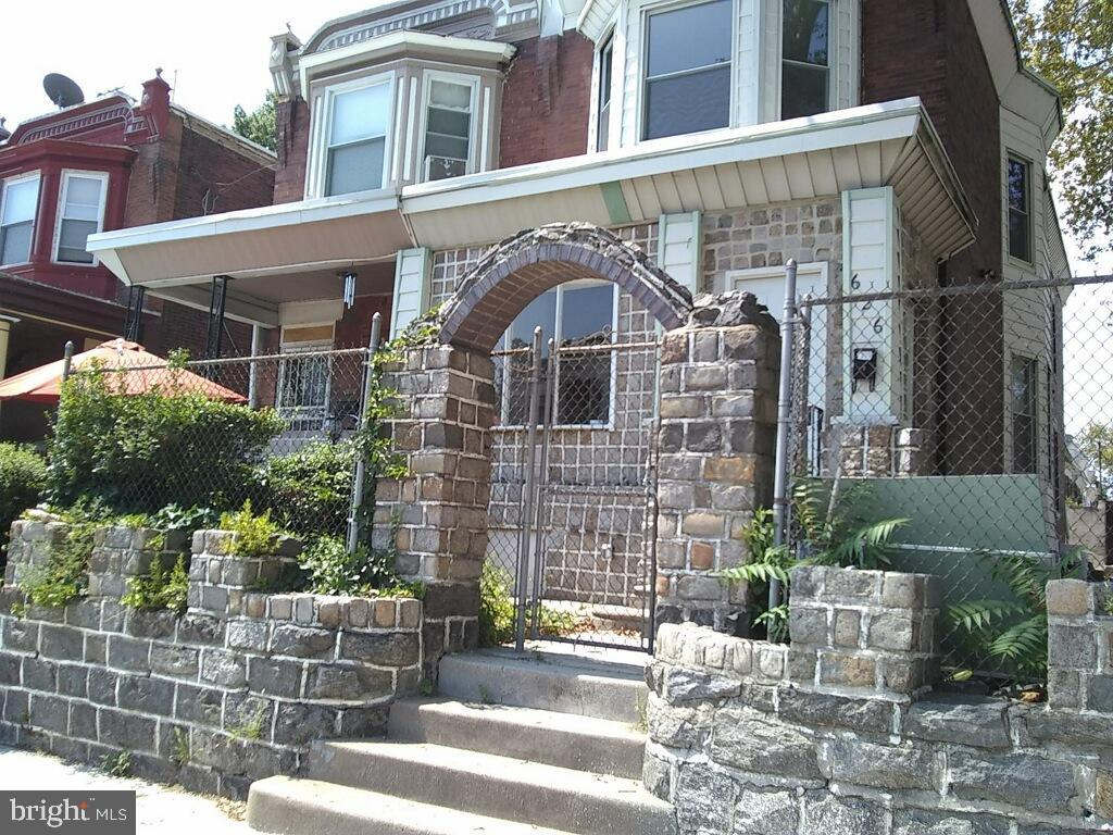 626 S 52nd Street Philadelphia, PA 19143