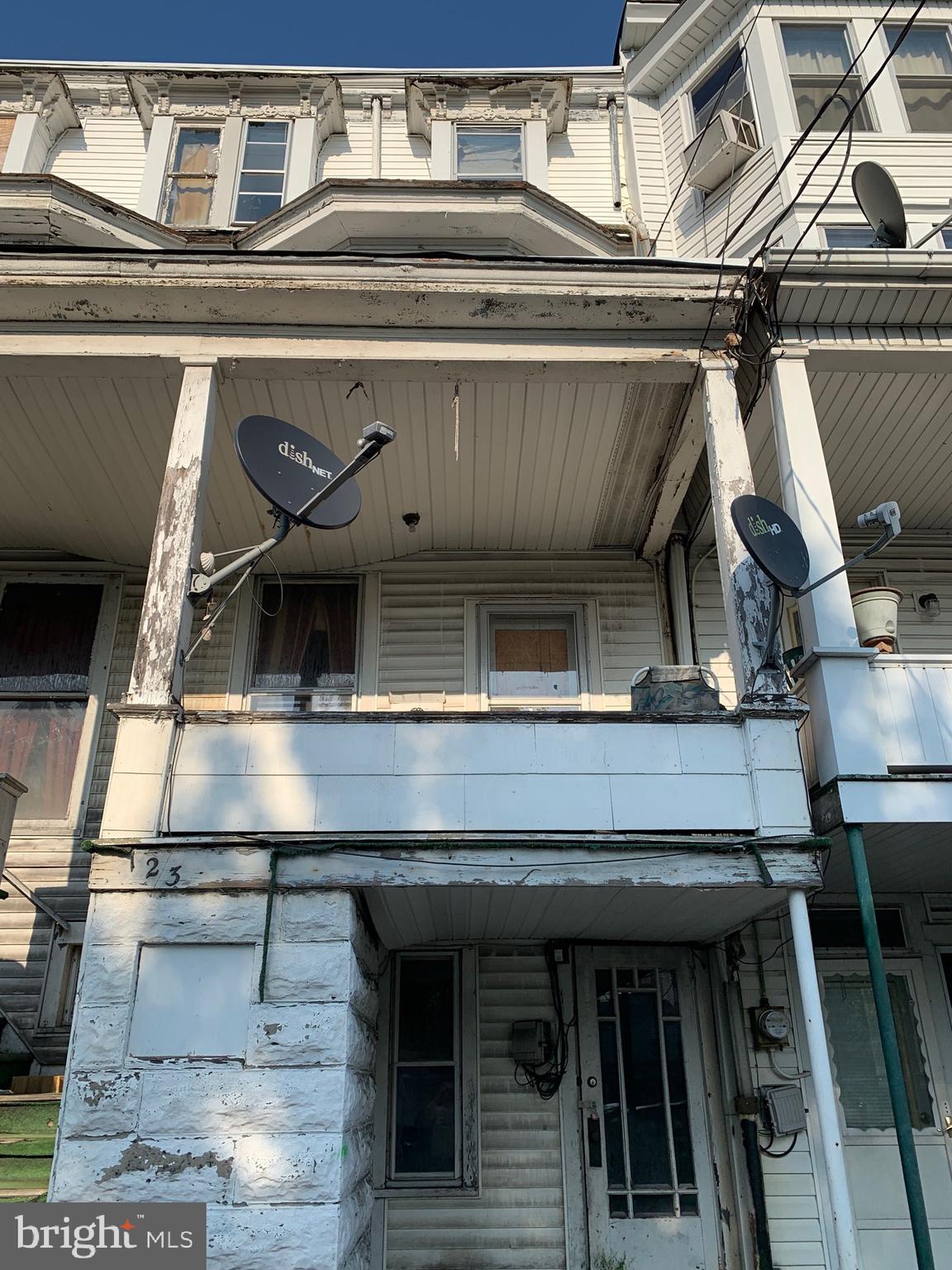 123 S MARKET STREET, SHAMOKIN, PA 17872