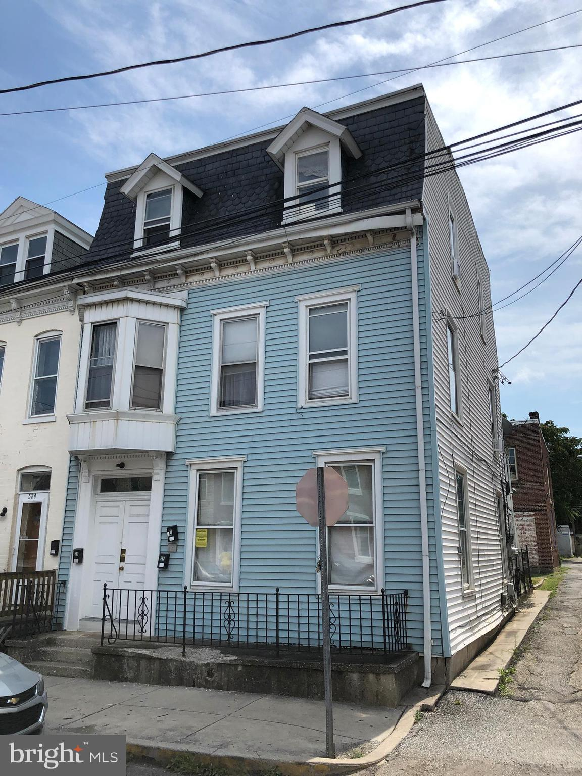 526 W PHILADELPHIA STREET, YORK, PA 17401