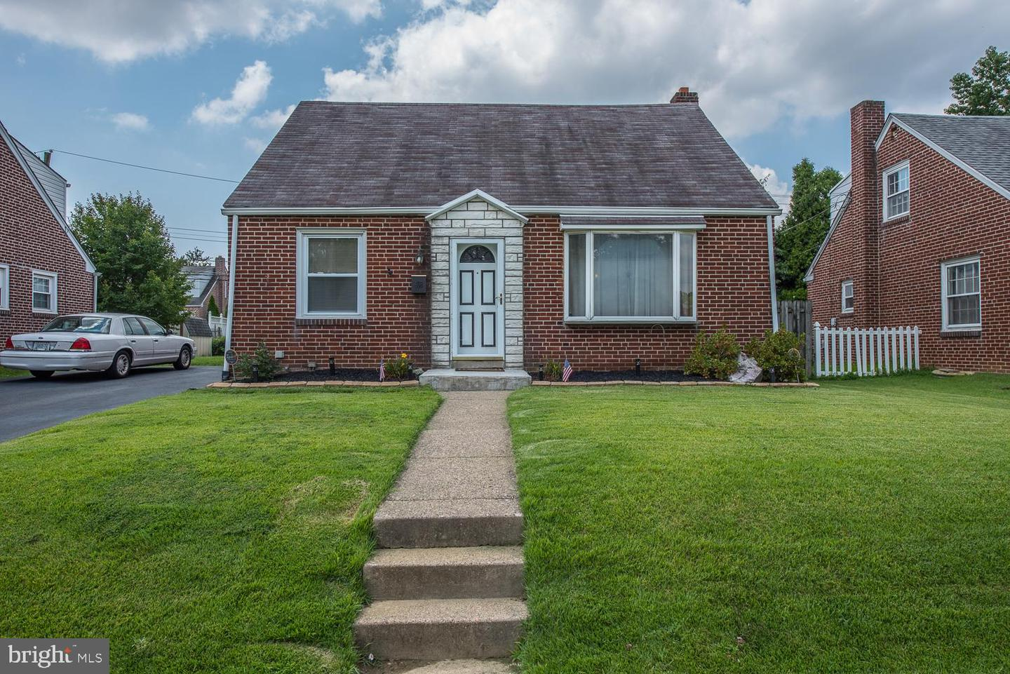 408 Perry Street Ridley Park, PA 19078