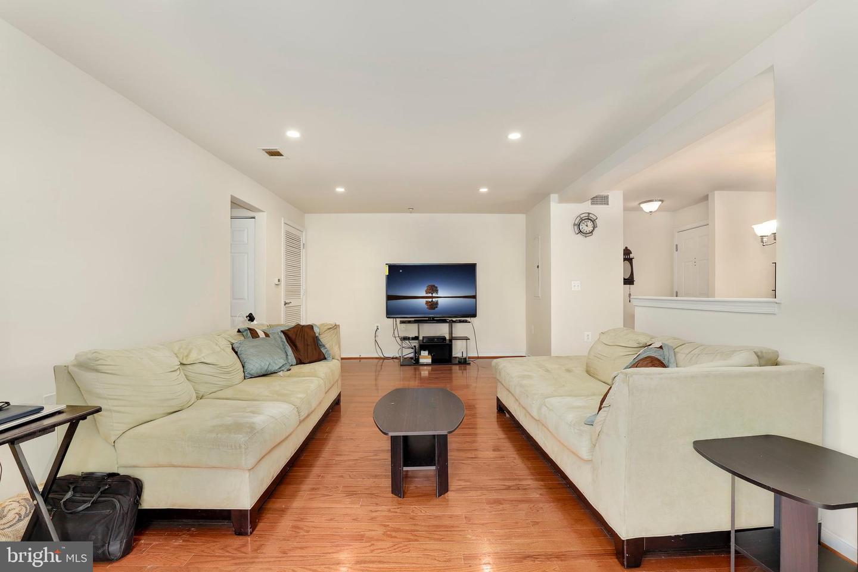 Properties - Just Listed - ArlingtonCondo com #1 condo site