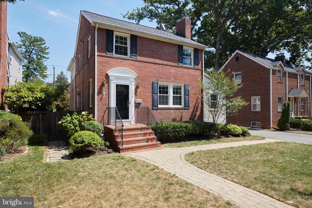 129 N OAKLAND STREET 22203 - One of Arlington Homes for Sale