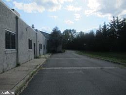 4054 QUAKERBRIDGE ROAD, TRENTON, NJ 08619