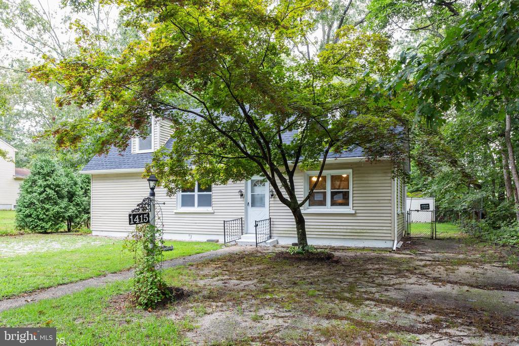 1415  10TH AVENUE, Williamstown, New Jersey