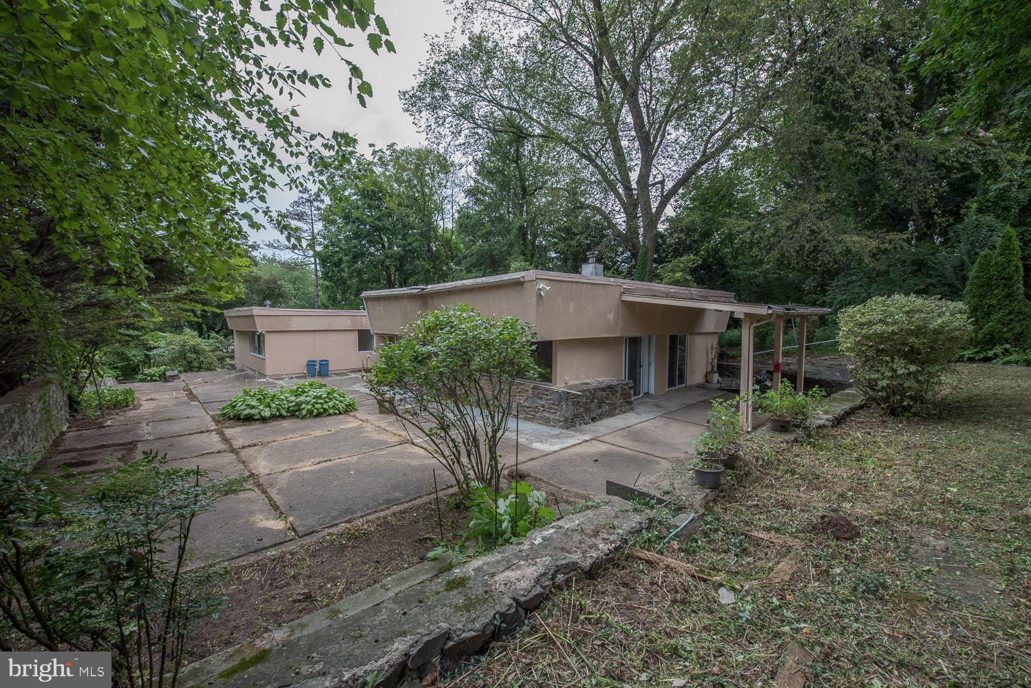 354 WINDING WAY, MERION STATION, PA 19066