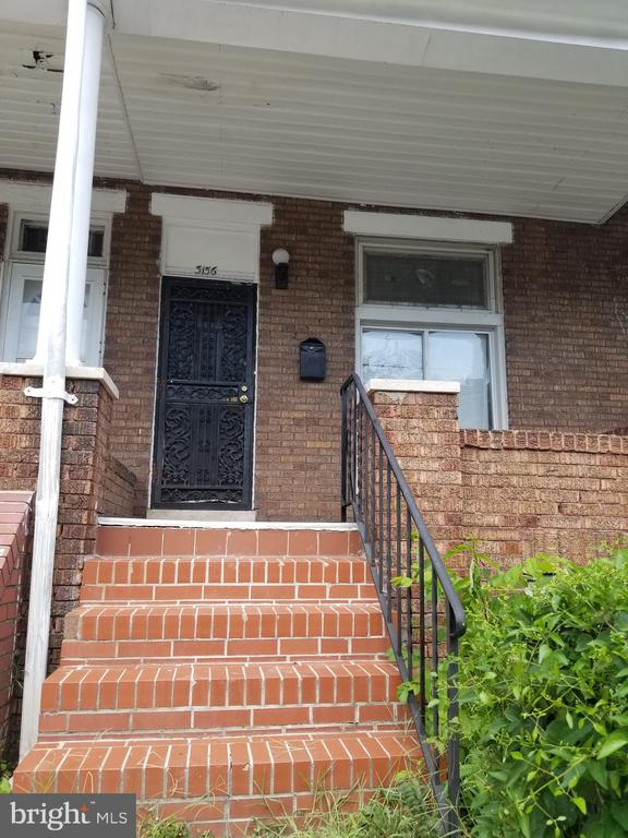 Gorgeous updated rental property. 3BR with updated kitchen, bath and a finished basement. Was recently rented for $1300/mo. Area Rents are much higher now. The property is interior lead-free. Priced for quick sale.