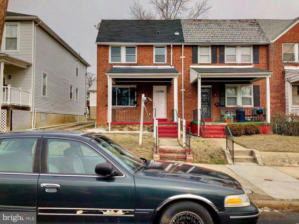 List price starting Bid at Auction, pre-auction offers accepted, Deposit $10,000 required with contract. Owner will accept Financing contingency. City has special Financinfg available. Property totally renovated