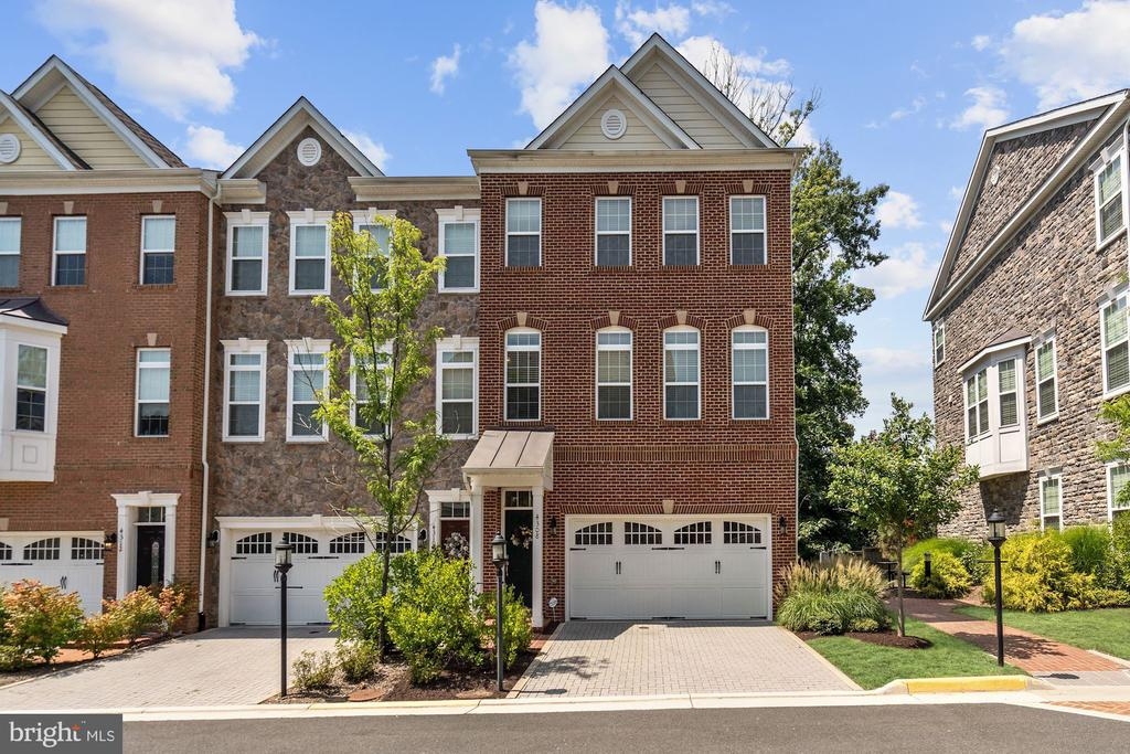 4308  JOHNSON COURT, Fairfax, Virginia