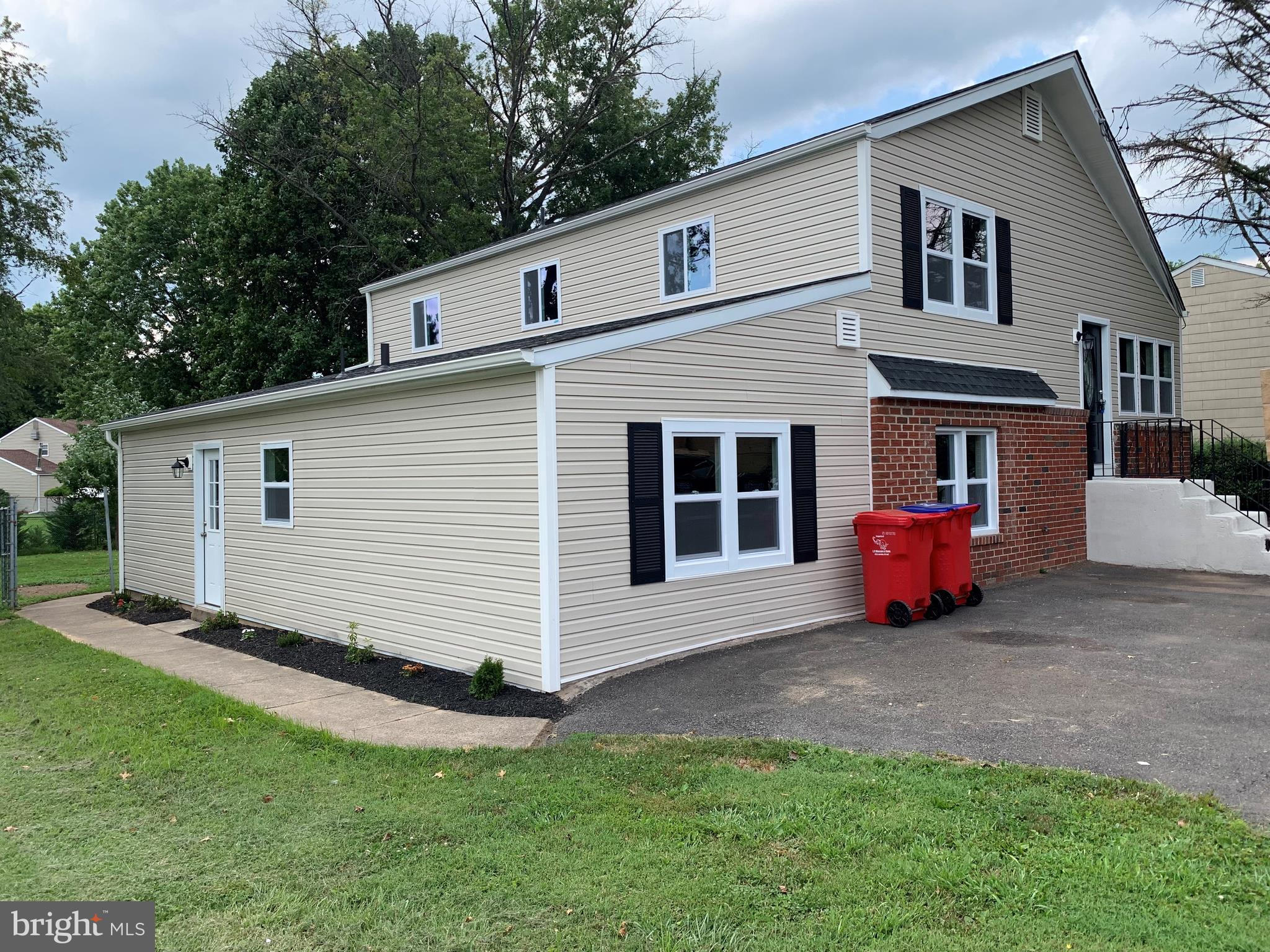 1018 MEARNS ROAD, WARMINSTER, PA 18974