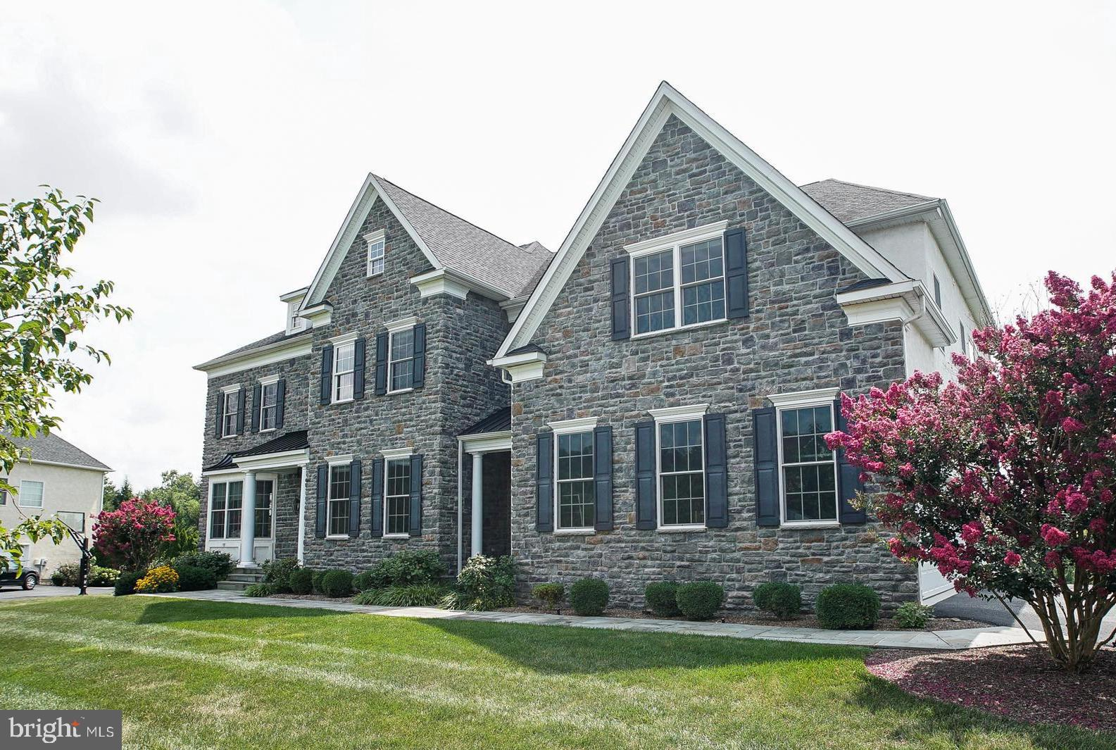 24 MEREDITH ROAD, PHOENIXVILLE, PA 19460
