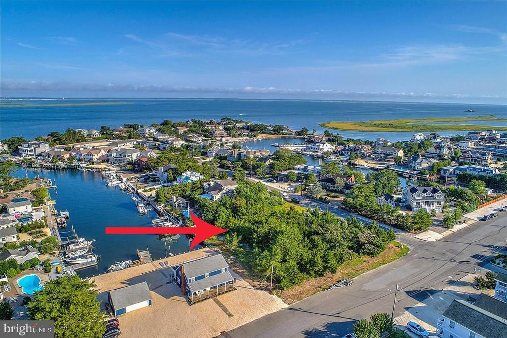 400  LEEWARD AVENUE, one of homes for sale in Long Beach Island