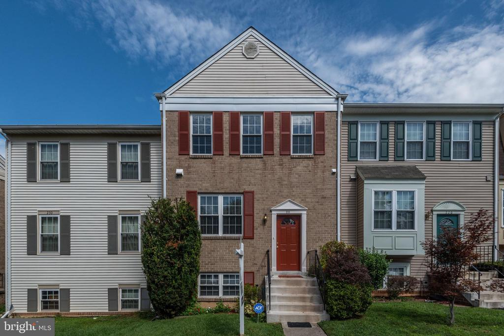 228  LAZY HOLLOW DRIVE, Gaithersburg in MONTGOMERY County, MD 20878 Home for Sale