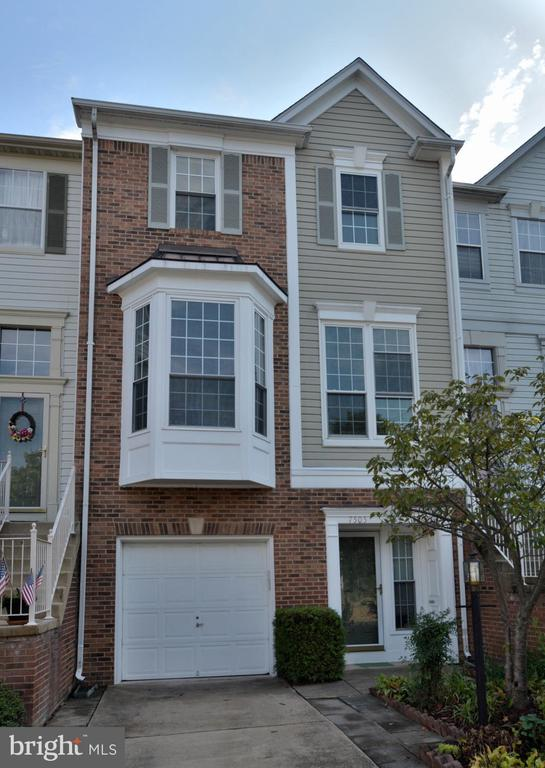 7505 Shirley Hunter Way, Alexandria, VA 22315