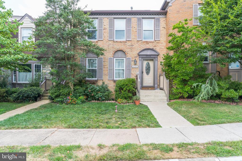6569  ZOYSIA COURT 22312 - One of Alexandria Homes for Sale