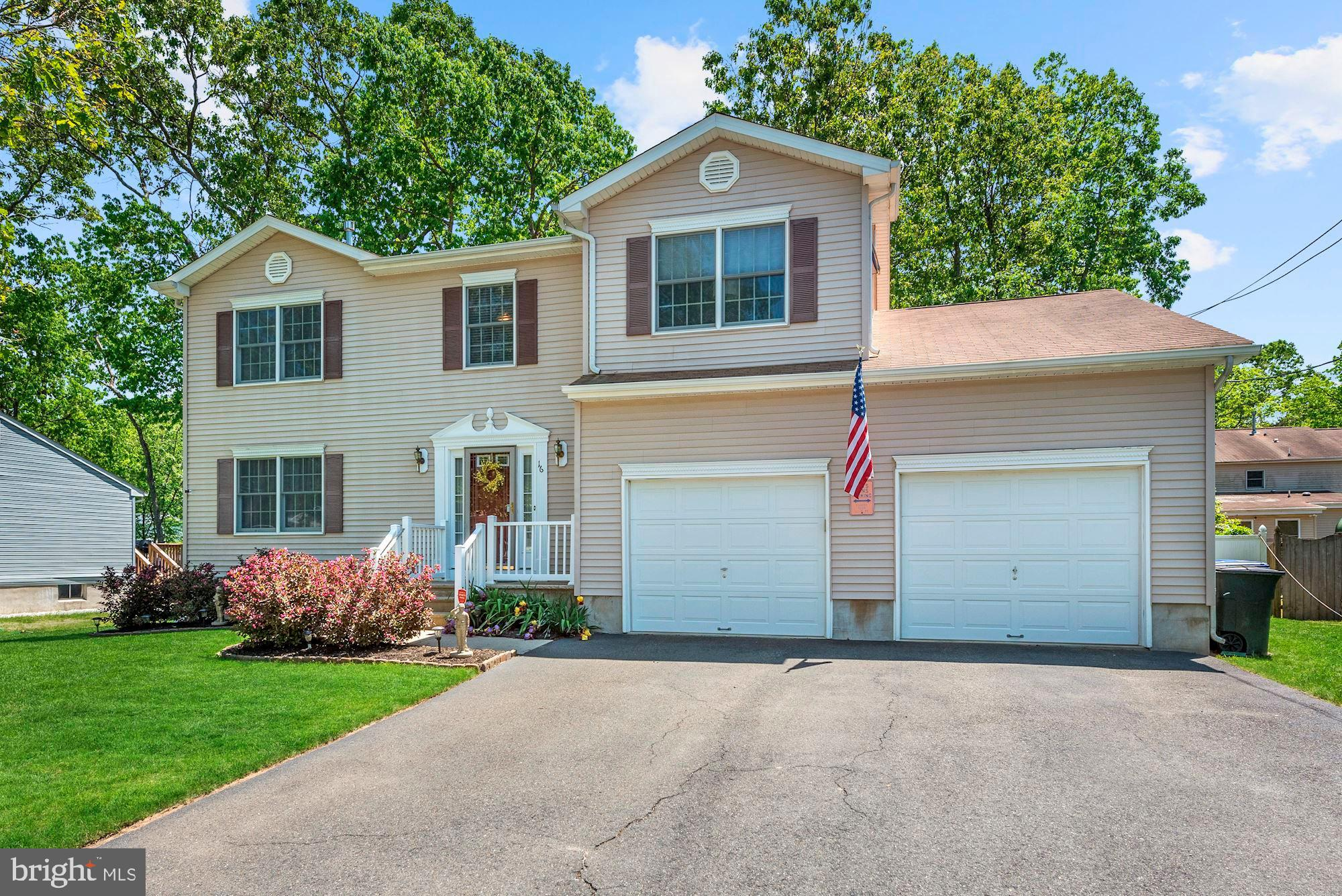 16 BELL PLACE, BROWNS MILLS, NJ 08015