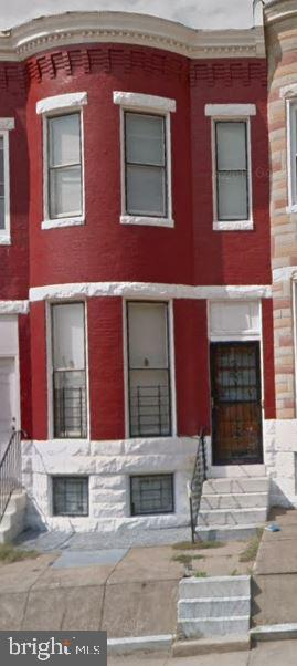 Investment property, tenant occupied, great return. Monthly rent $900. Property is 1 of 14 property portfolio w/gross monthly revenues of $12,150. Ground rent to be verified by the buyer. Contact listing agent for rent roll.