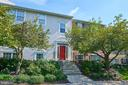 12102 Greenwood Ct #160 (unit 302)