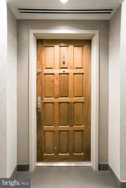 1530 Key Blvd #304 Arlington VA 22209