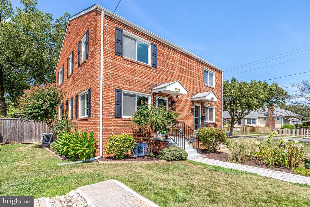 318 E CUSTIS AVENUE 22301 - One of Alexandria Homes for Sale