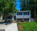 8305 White Star Ct