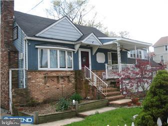 112 E FRONT STREET, MAPLE SHADE, NJ 08052