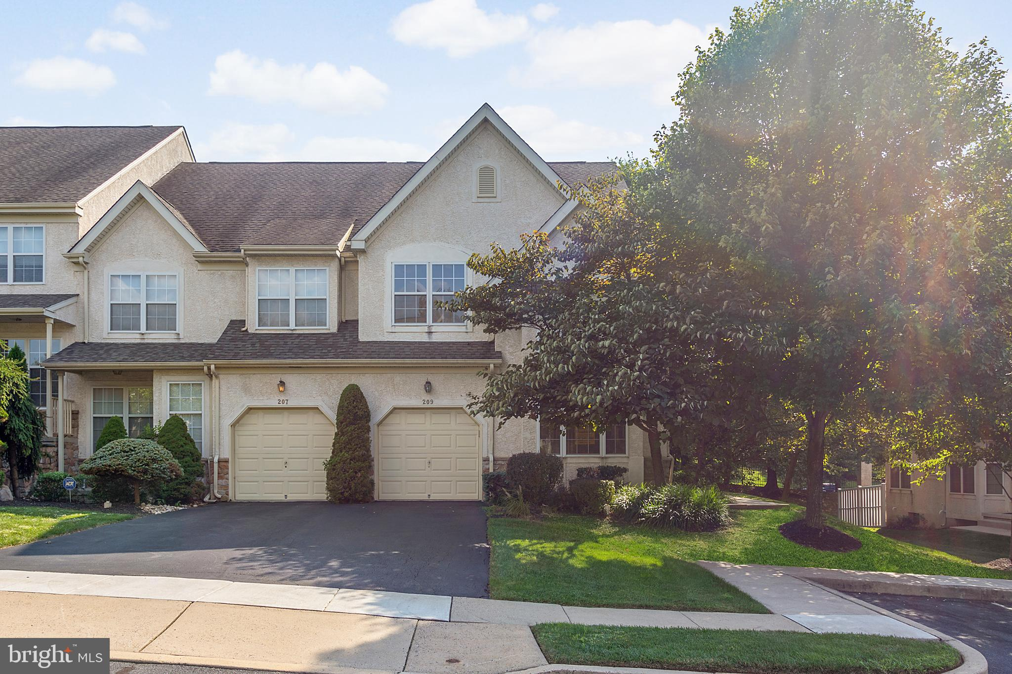 209 BROOKDALE COURT, DRESHER, PA 19025